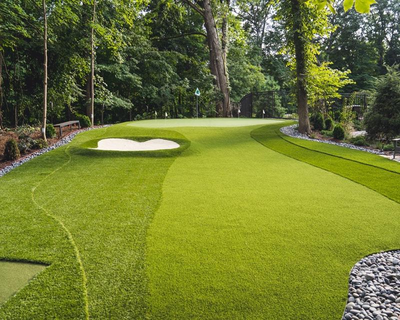 Putting-Green-After-Artificial-Golf-Turf-GroTurf-Brian-01-min