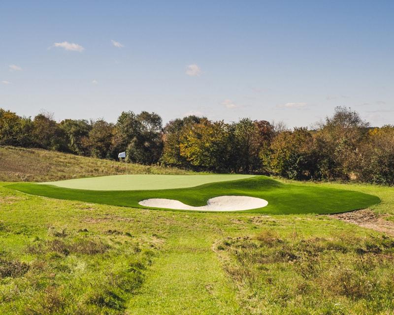 Putting-Green-After-Artificial-Golf-Turf-GroTurf-Brian-02-min