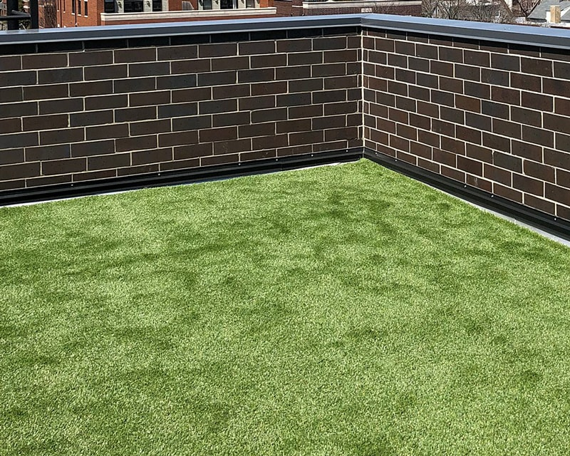Rooftop-Lawn-After-Artificial-Turf-GroTurf-Brian-02a-min