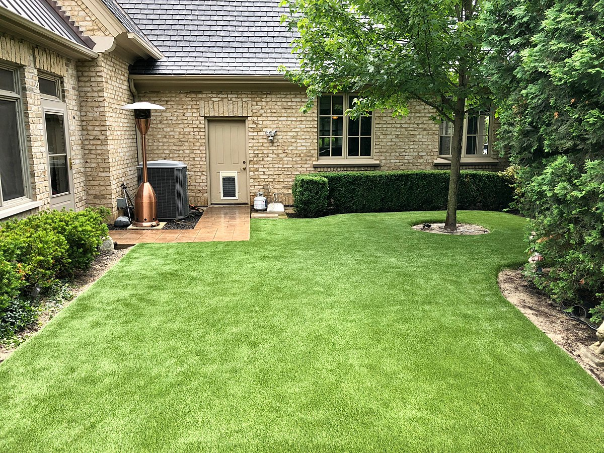 artificial-lawn-chicago-fox valley-landscape-synthetic turf-grass-artificial grass-pet turf-fake grass