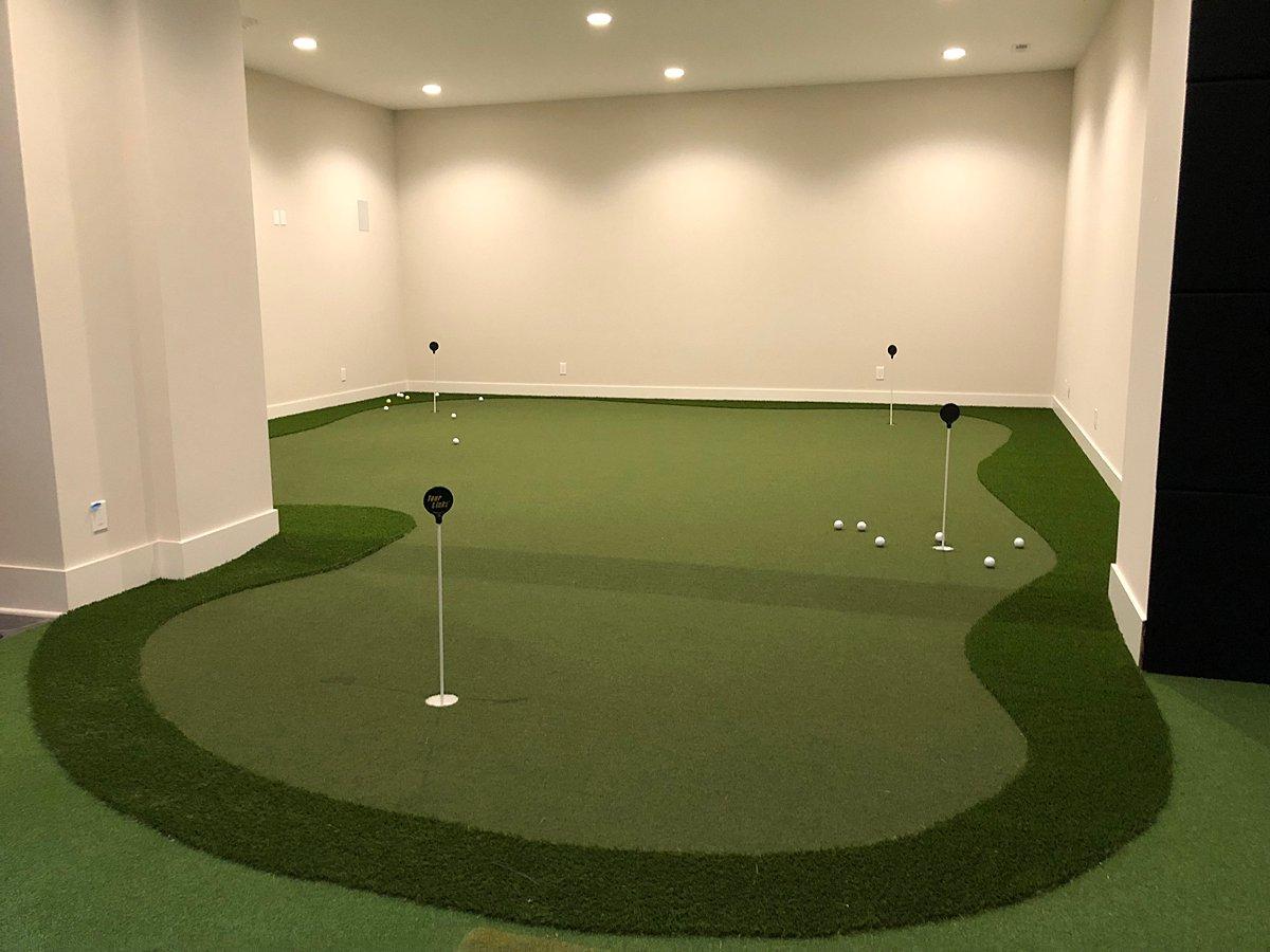 putting green-chicago-backyard-golf-6