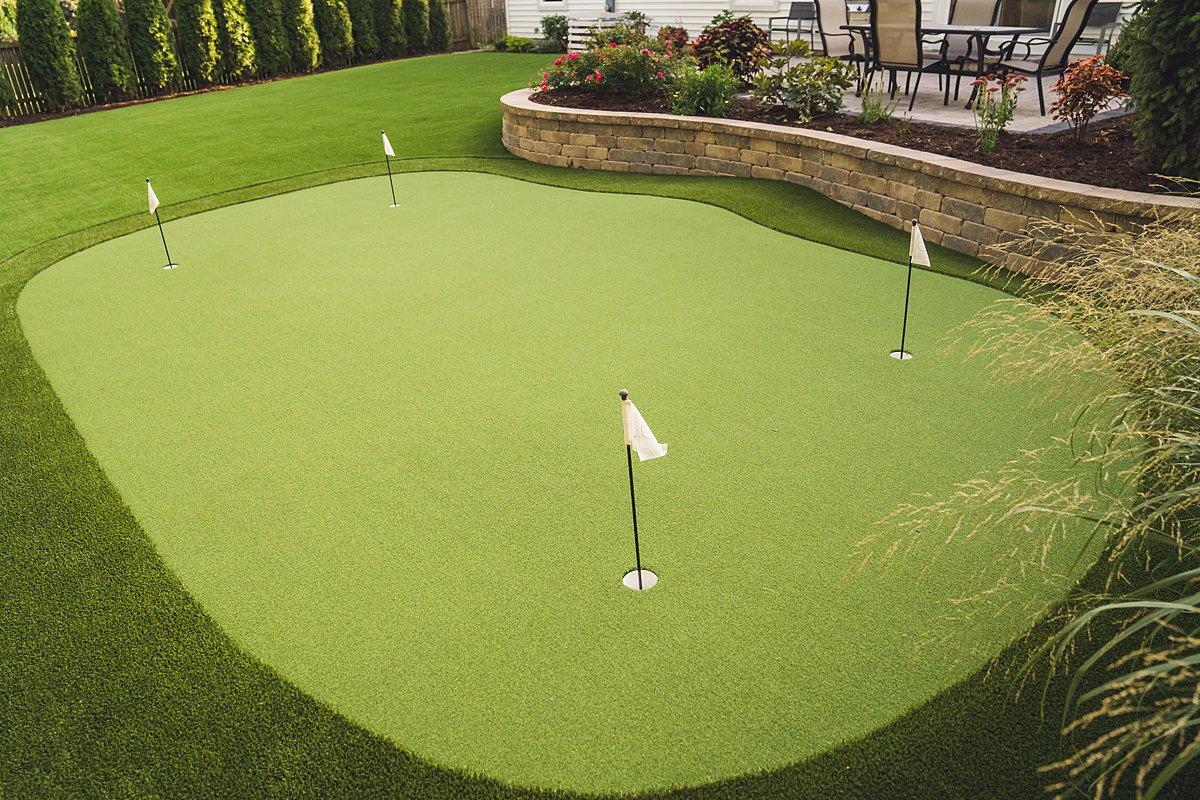 putting-green-chicago-backyard-golf-practice-short game-turf-artificial-grass-108