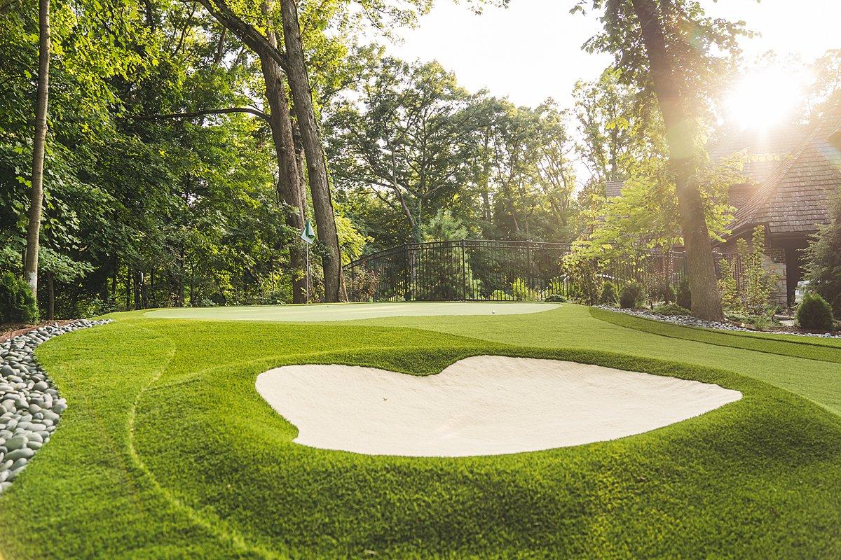 putting-green-chicago-backyard-golf-practice-short game-turf-artificial-grass-98