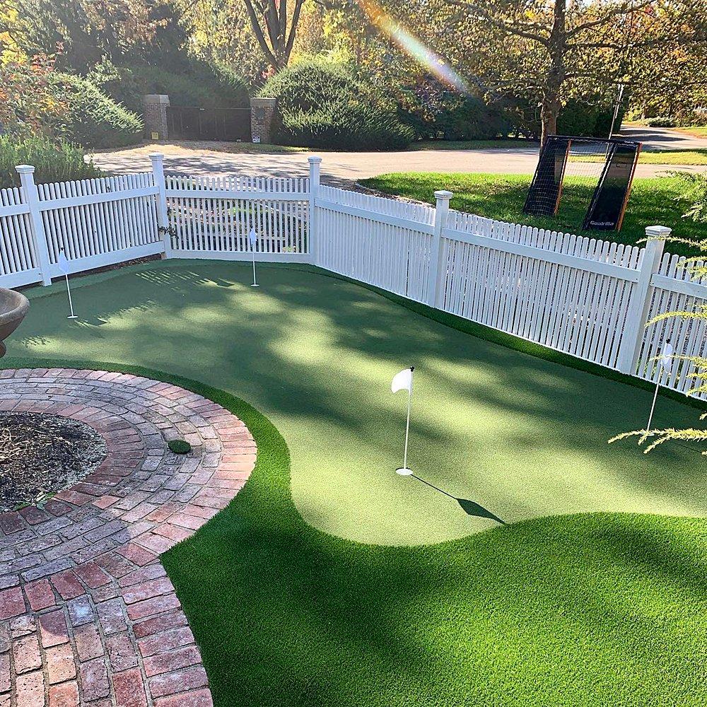 hinsdale-backyard-putting-green-WEB_014